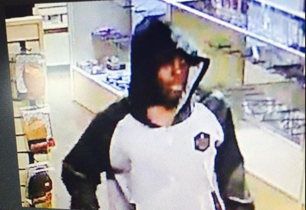 Rocklin-gun-store-burglar-071316-JPG