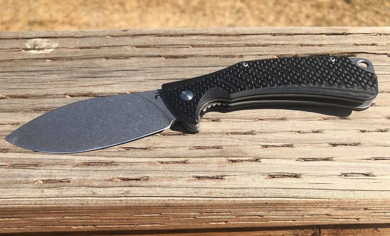 Revo Knives Ness CF Deck2